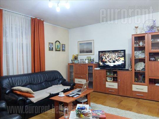 #39610, Izdavanje, Kuća, KOŠUTNJAK, 0 EUR