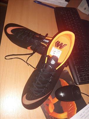 Nike Mercurial kopačke br. 44