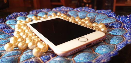 Sjajna ponuda! Prodajem iPhone 7, 32GB