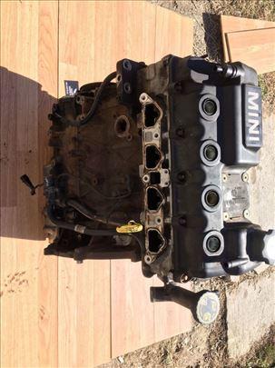 Motor Mini Cooper