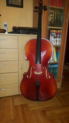 Prodajem 4/4 violončelo