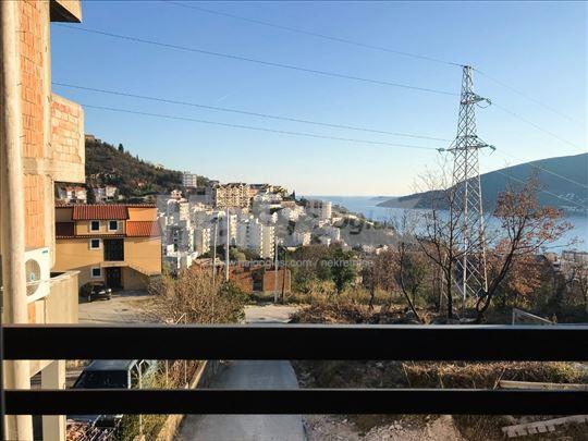 Prodajem ili mijenjam stan za Beograd