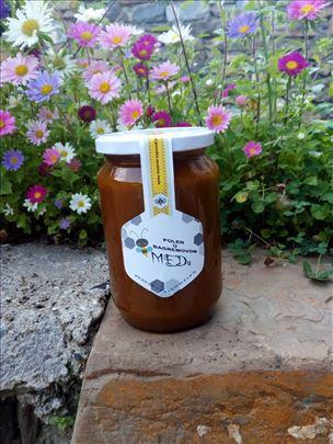 Polen u bagremovom medu