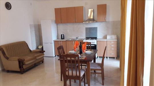 Crna Gora, Tivat, Apartman 2