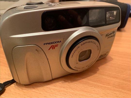 Fotoaparat na film