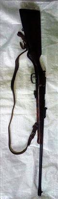 Malokalibarska puška TOZ-18 sa optikom
