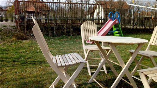 Drvene stolice, hit cena
