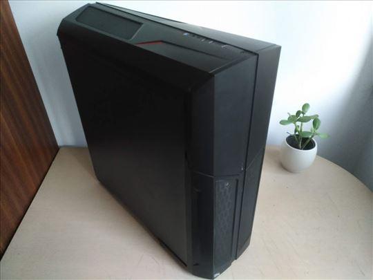 Prodajem (kao nov) Gaming desktop + 24'' monitor