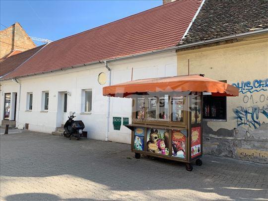 Izdajem lokal u centru Panceva