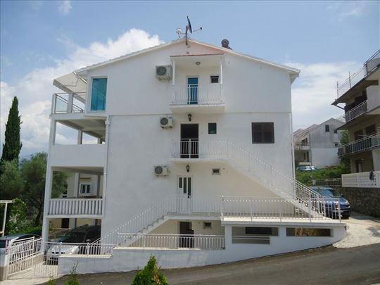 Apartmani Dević, 50m od obale