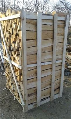 Ogrevna cepana drva na paleti