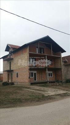 Odlična porodična kuća u Temerinu, 315m2