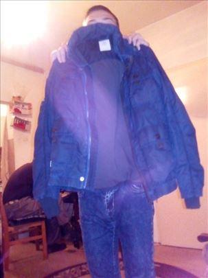 Prolecna jakna velicine 14