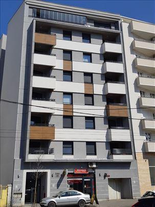 Direktna prodaja stanova-Žička-Stan sa garažom!!!