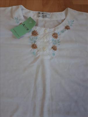 Majica Anne fashion nova sa etiketom Xl