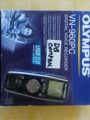 Digitalni diktafon Olympus VN-960PC