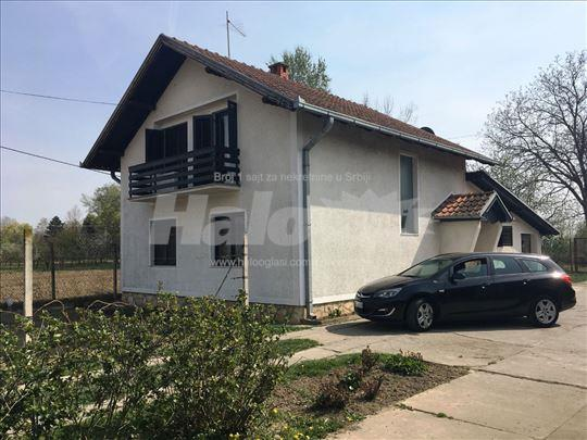 Kuća kod Opova 150m2 + pomoćni objekti - 22ara