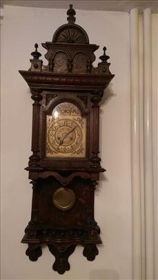 Antik zidni sat