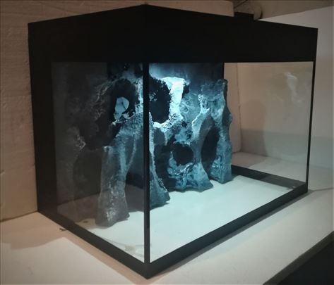 Akvarijum 64 litra ,sa 3D pozadinom