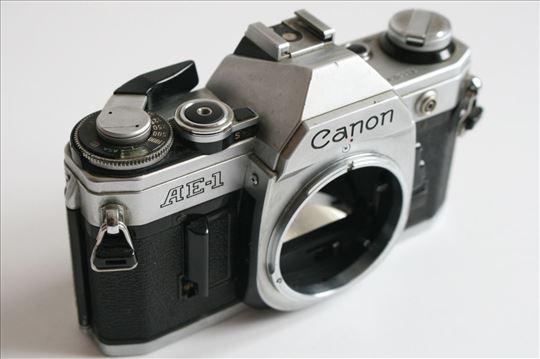 Canon AE-1 telo