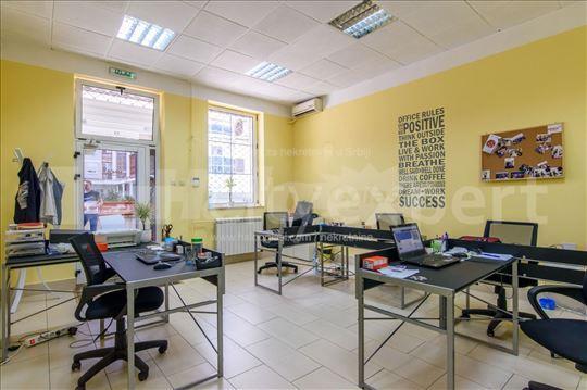 Izdajem lokal kod Arene 49 m2, Novi Beograd