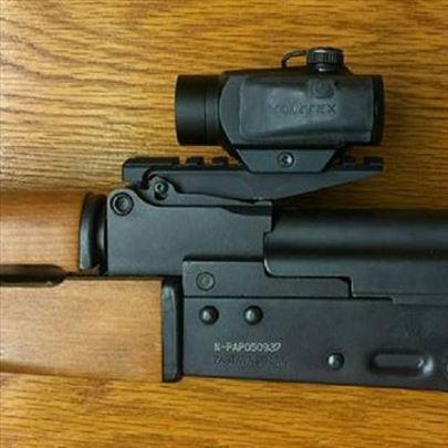 Šina za optiku umesto nišana za lovački AK sistem