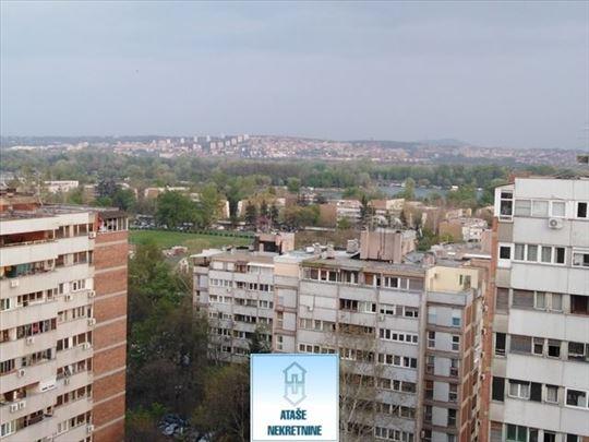 Blok 45, Jurija Gagarina, 90m2 sa lepim pogledom I