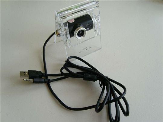 Web kamera sa LED didama i mikrofonom