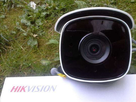 4K UltraHD HD-TVI/CVBS kamera DS-2CE18U8T-IT3