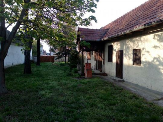 Stara Pazova, Belegiš, Kuća, 4, 100m2