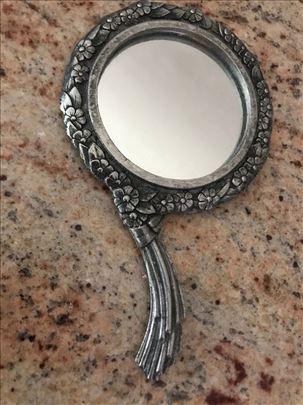 Venecijansko posrebreno damsko ogledalo