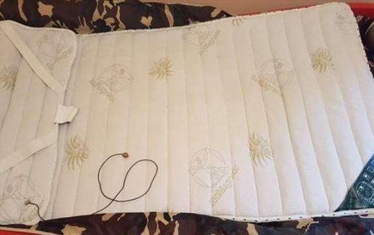 Magnetna prostirka za singl krevet