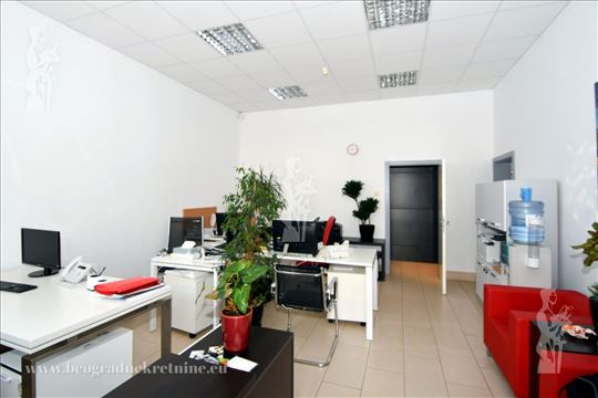 Novi Beograd, Arena, Lokal 49m2, 500E ID#2653