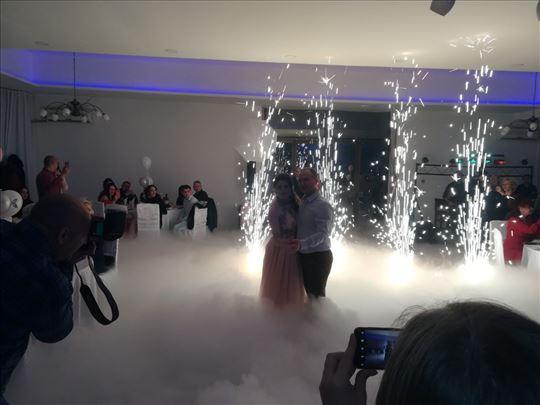 Specijalni efekti-teški dim, vulkani, balončići...