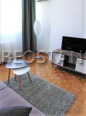 Novi Beograd - Blok 21 Tc Usce ID#30197