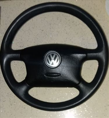 VW volan sa airbagom