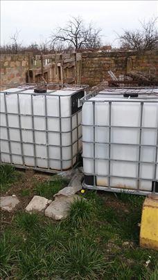 IBC kontejneri za zalivanje