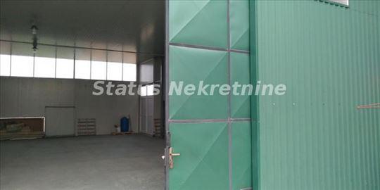 Veternik-ODMAH USELJIVA HALA 250m2+100m2 KANCELARI