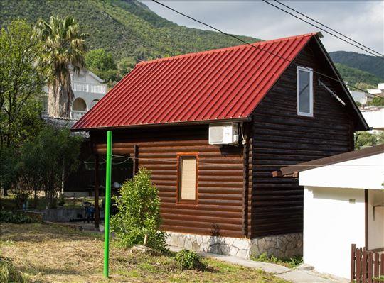 Crna Gora, Đenovići, kuća za odmor
