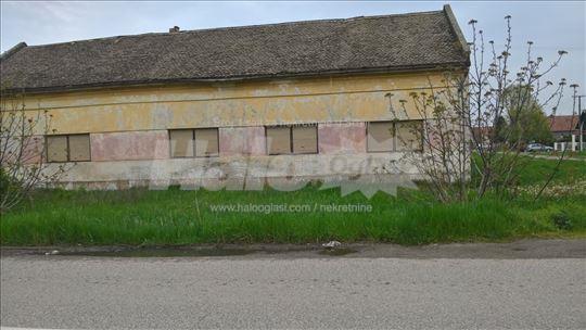 Kuća u Šajkašu na prodaju