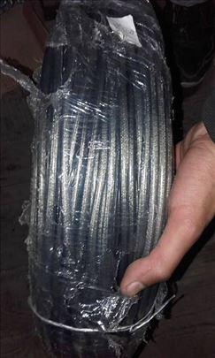 Plastificirana sajla od 8 mm nOvo