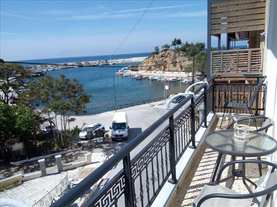 Za velika društva apartman sa pogledom na more!