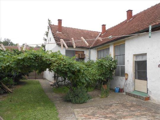 Prodaja kuće na Dunavu