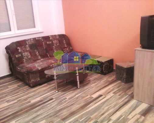 Novi Sad, Centar - Troiposobna spratna kuća ID#913