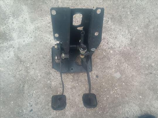 Komplet pedala sa nosacem i automatom kocnica