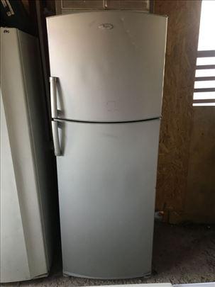 Whirlpool kombinovani frizider 12meseci garancije