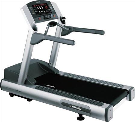 Life fitness 95Ti traka za trčanje