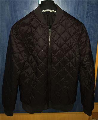 H&M jakna - odlična