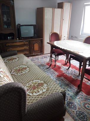 Izdajem Stan 30 kvadrata renoviran Vranje