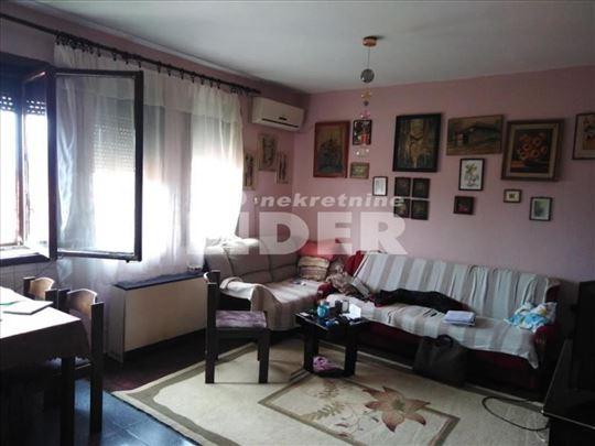 Funkcionalan stan sa malim troškovima ID#99934